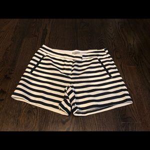 dalia shorts size 4 new